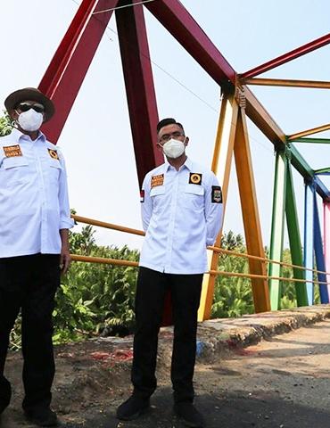 jembatan pelangi pandeglang